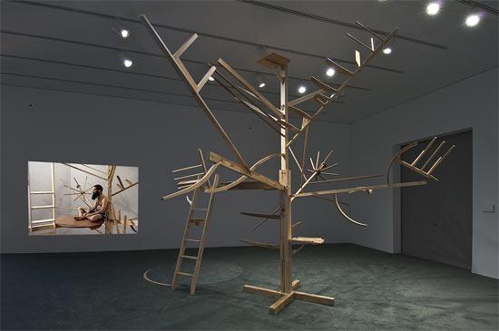 Treehouse Kit de Guy Ben-Ner